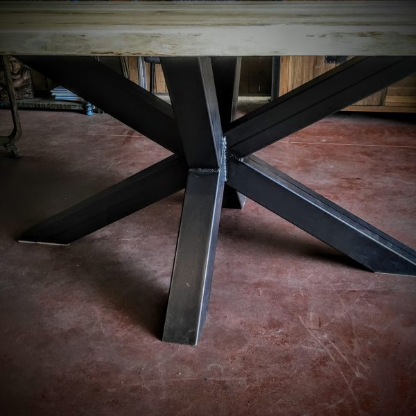 Table Design Industriel Lyon