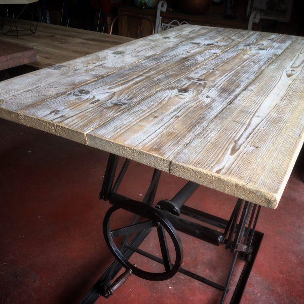 Table à Hauteur réglable