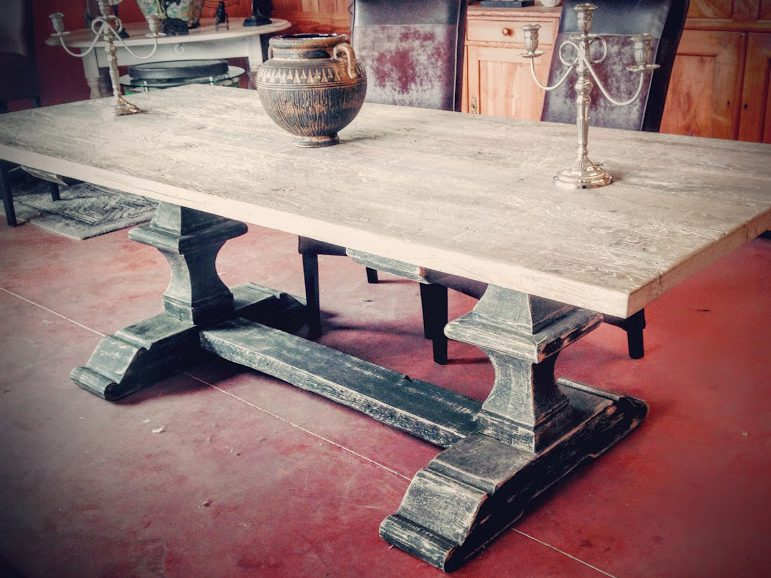Table monast re ch ne patin e industrielle vitadeco for Table bois fer industriel