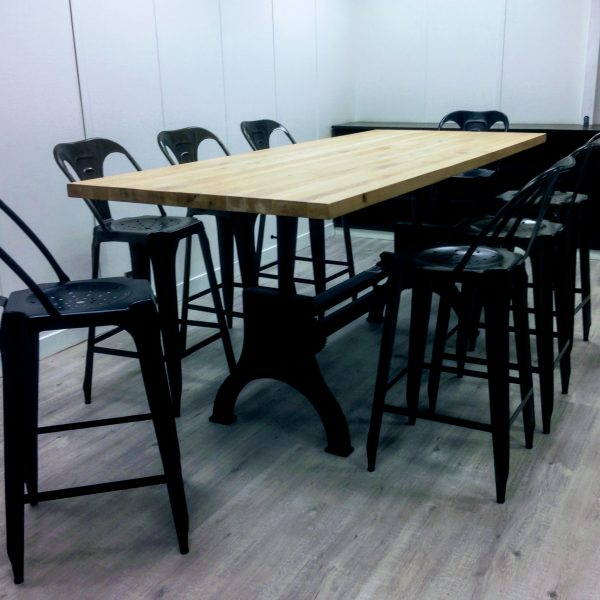 Table et Chaises Design Lyon