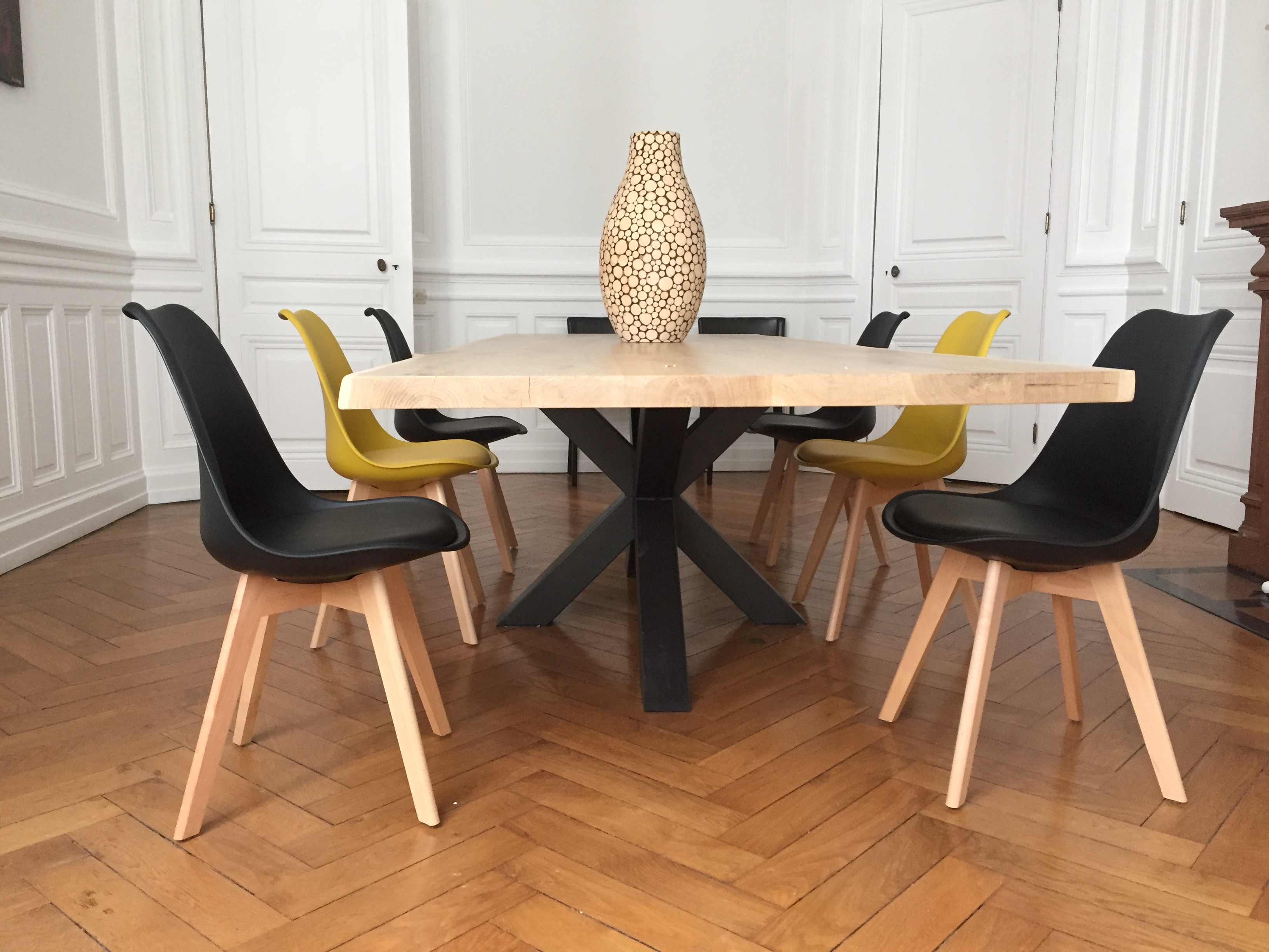 Table bois m tal pied central design industriel - Table design pied central ...