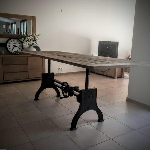 Création d'une Table Réglable
