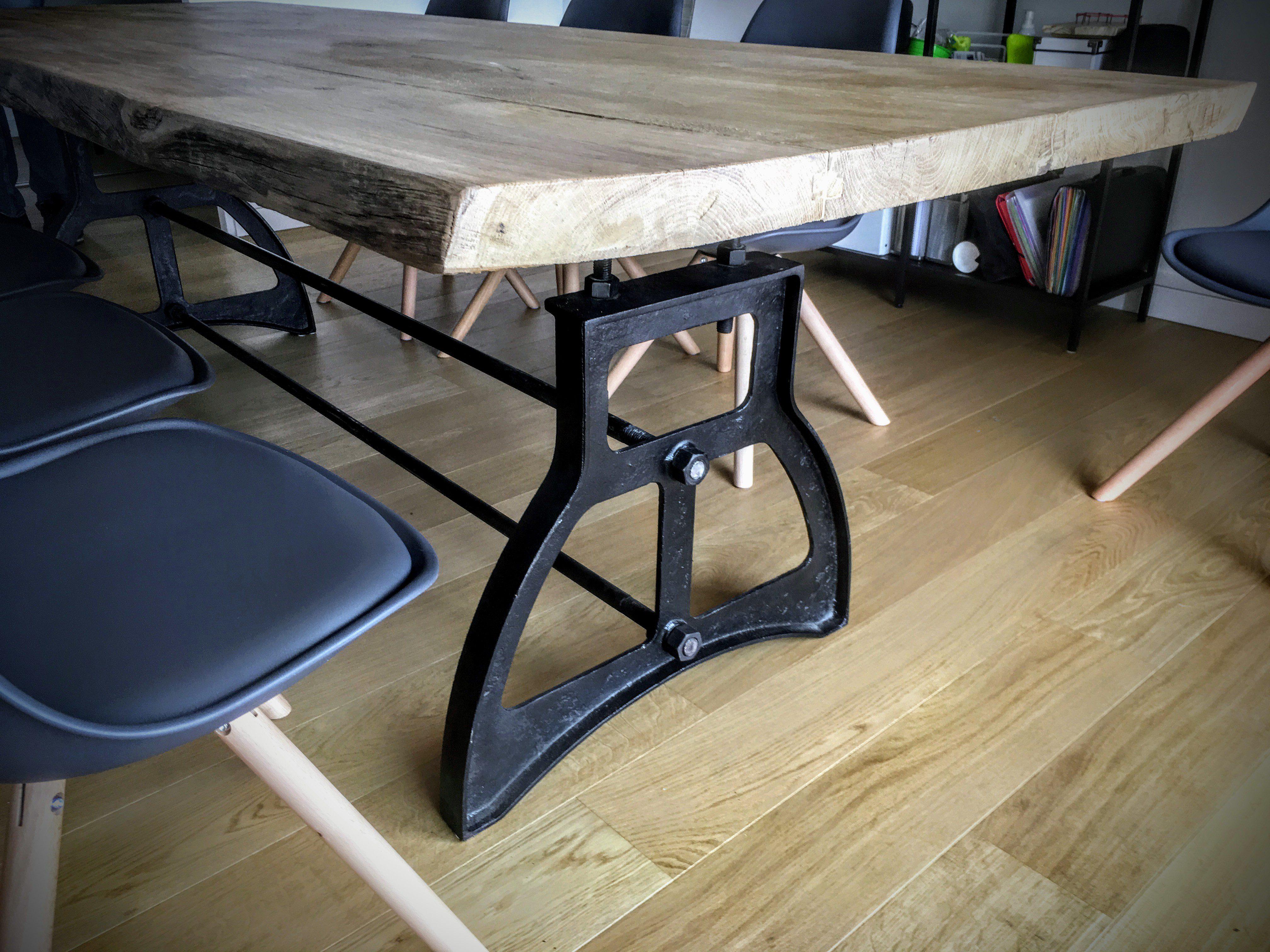 Table De Salon Industrielle En Bois Pied Coupole En Fonte
