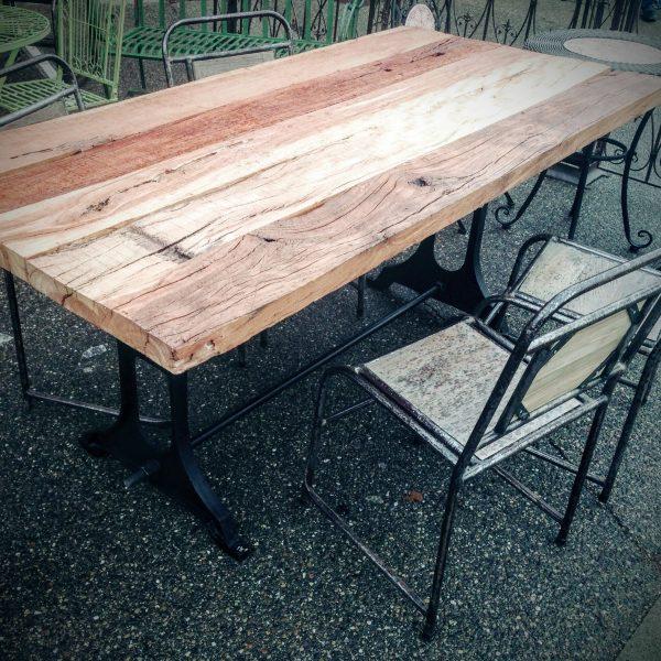 Table de Salon en Bois et Métal