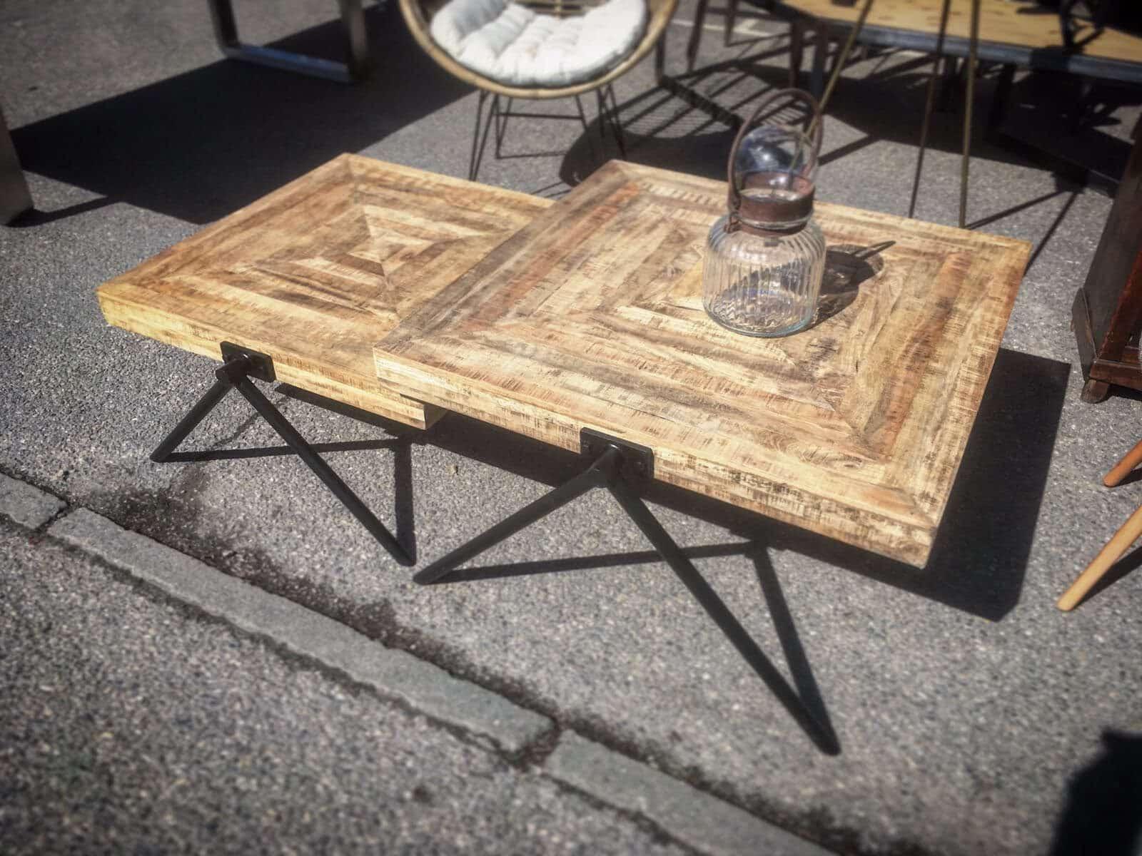 table basse gigogne carr e bois m tal cr ation sur mesure. Black Bedroom Furniture Sets. Home Design Ideas