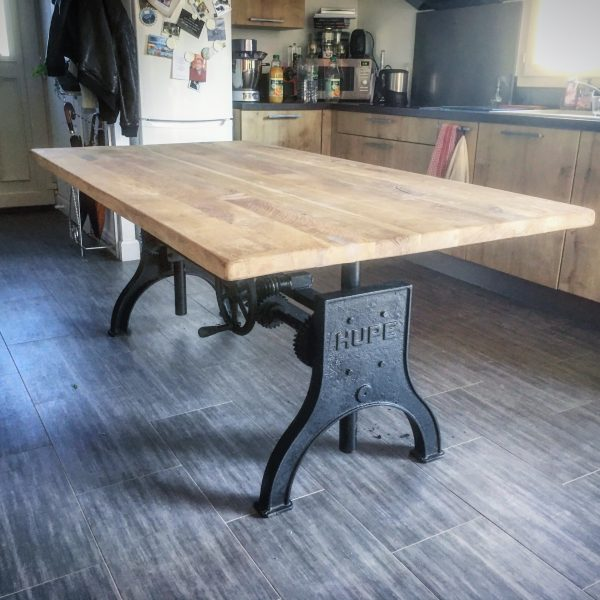 Table Elevatrice Industrielle Pied Hupe En Fonte Creation Sur
