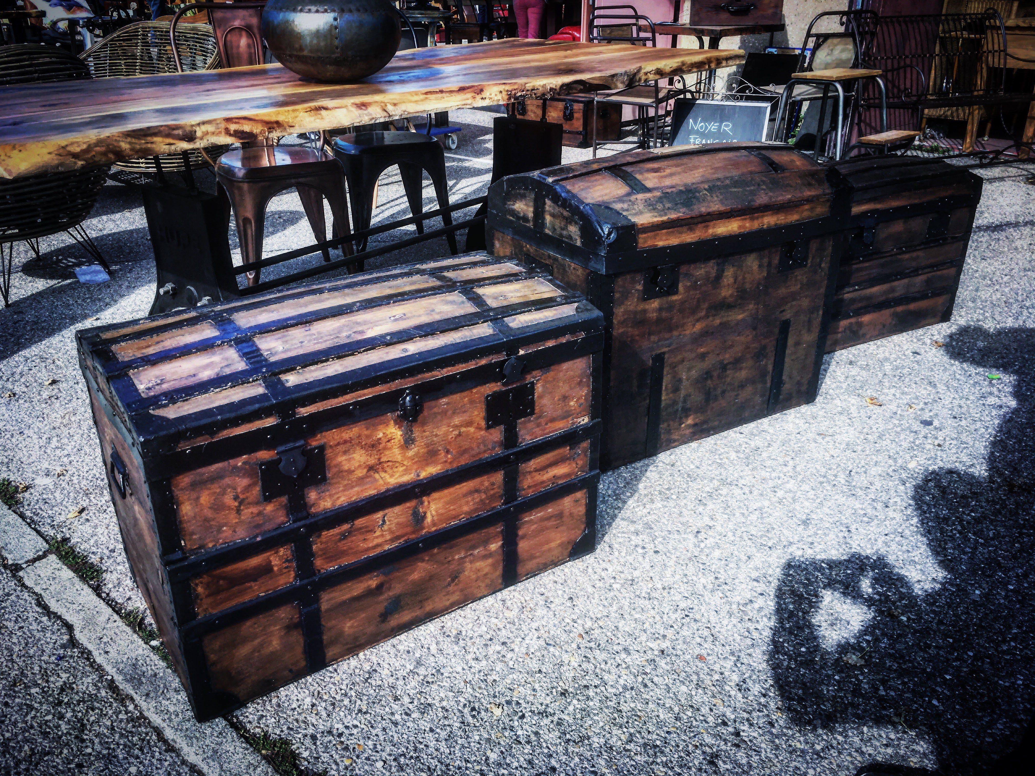 Malle Coffre En Bois Ancien coffres et malles en bois - décoration et rangement